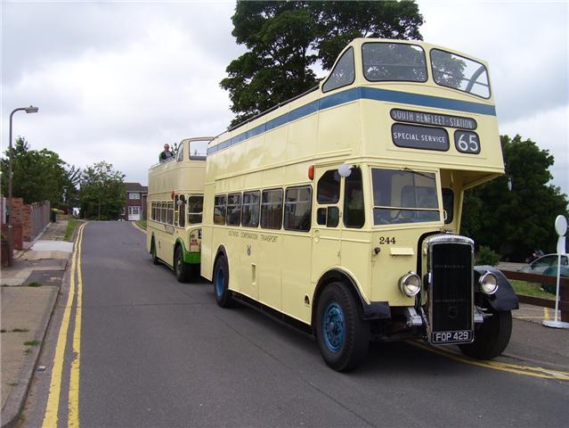 station bus link
